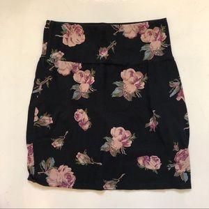 Talula Floral Skirt Size M